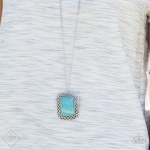 Santa Fe Necklace in Silver and Turquoise